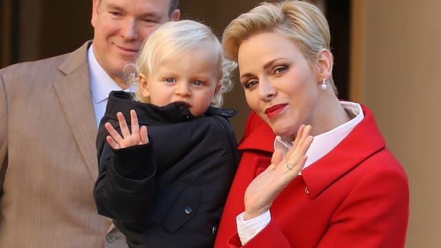 Charlène avec son fils Jacques à Monaco, le 14 décembre 2016