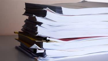 Le gouvernement veut simplifier les procédures administratives et les normes.