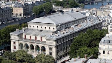Les travaux au théâtre du Châtelet doivent s'achever en mai.