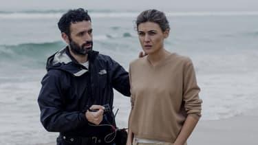 """Le réalisateur Rodrigo Sorogoyen et l'actrice Marta Nieto sur le tournage de """"Madre"""""""