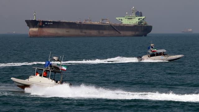 Samedi soir, une heure avant la levée officielle des sanctions internationales, 22 super-tankers partaient des ports iraniens pour exporter leur brut vers l'Europe et l'Inde.
