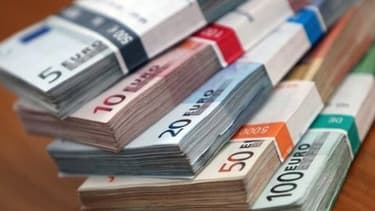 Le salaire mensuel a augmenté de 2,1% en 2012