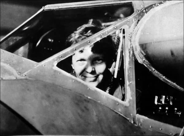 Amelia Earhart dans les années 1930.