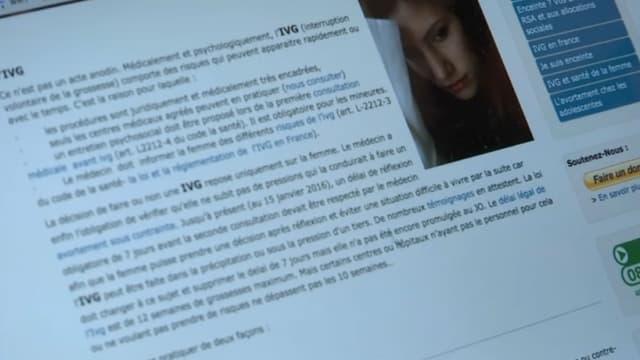 La page d'un site internet sur l'IVG qui propose un numéro vert mettant en lien les femmes et des militantes anti IVG.