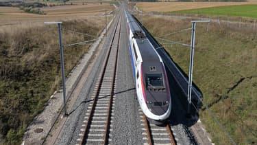 Une LGV entre Poitiers et Limoges doit être construite.