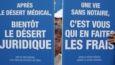 Plusieurs représentants de professions réglementées du droit doivent se mobiliser, ce mercredi à Paris, pour dénoncer la loi Macron.