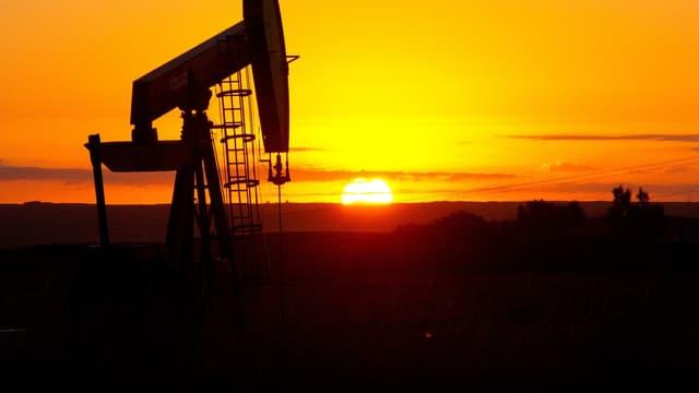 La baisse des prix du pétrole impacte Chevron.