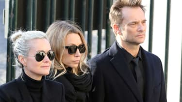 Laeticia Hallyday, Laura Smet et David Hallyday aux obsèques de Johnny Hallyday à Paris, le 9 décembre 2017.