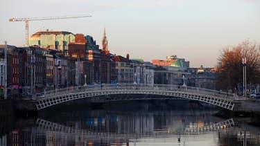 Vue de Dublin depuis le fleuve Liffey.