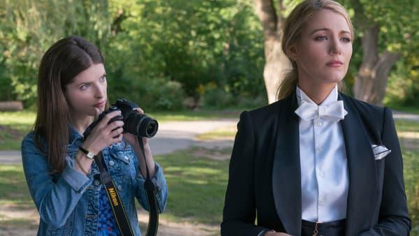 """Anna Kendrick et Blake Lively dans """"L'ombre d'Emily"""""""