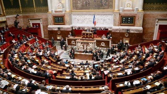 Les députés votent pour payer plus d'impôts