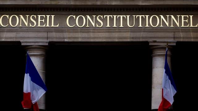 La décision du Conseil constitutionnel trouve son origine dans la plainte d'une Américaine qui réside fiscalement en France