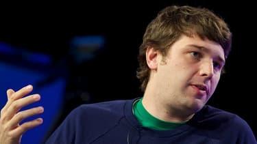 Andrew Mason est le co-fondateur de Groupon avec Eric Lefkofsky et Brad Keywell, qui possèdent 23% du groupe.