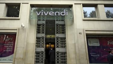 Vivendi, actionnaire à hauteur de 28,8% de Mediaset, accepte de réduire sa participation à 5%.