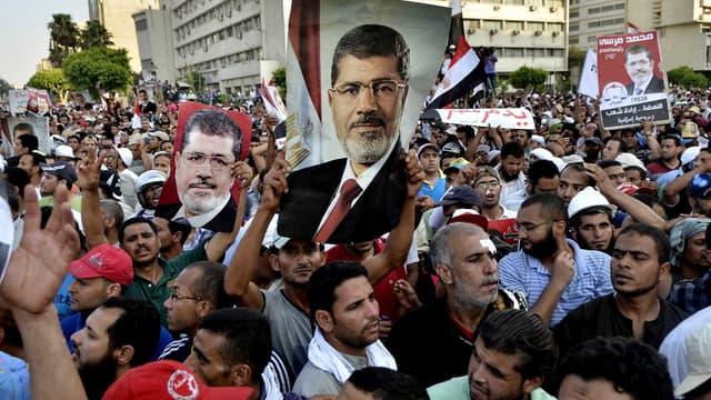 Des partisans du président déchu Mohamed Morsi, le 5 juillet, au Caire.