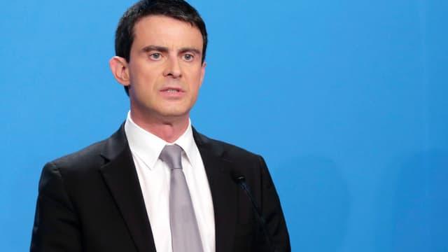 """Manuel Valls a estimé qu'Eric Zemmour """"ne méritait pas d'être lu"""" après ses propos sur le régime de Vichy"""