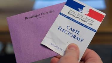 Enveloppe de vote et carte d'électeurs: deux éléments utiles lors des départementales, les 22 et 29 mars prochain