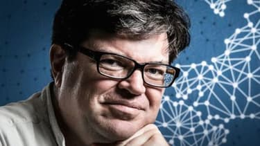Sur BFM Business, Yann Le Cun, recruté par Mark Zuckerberg pour piloter l'intelligence artificielle chez Facebook, l'investissement en recherche fondamentale était incontournable.