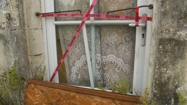 Des scellés sur la porte de la maison où la jeune femme était séquestrée
