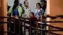 Extradé de France dimanche, l'ancien dictateur panaméen Manuel Noriega (au centre) a été conduit à la prison Renacer dès son arrivée dans son pays, dimanche soir. Il doit purger une peine de vingt années de détention pour les meurtres d'opposants à son ré