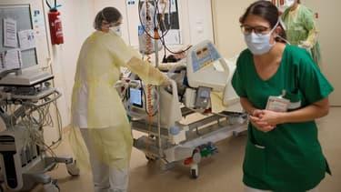 Cette prime qui récompense les efforts des soignants durant l'épidémie du coronavirus a été publiée samedi au Journal officiel, pour une entrée en vigueur dimanche