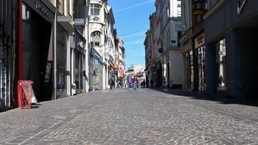 Une rue à Lille durant le confinement