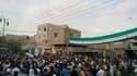 Manifestation contre le régime de Bachar al Assad, après les prières du vendredi à Palmyra. Les ministres de la Ligue arabe ont adressé vendredi soir un message urgent au président syrien Bachar al Assad pour lui demander de mettre fin à sept mois de viol