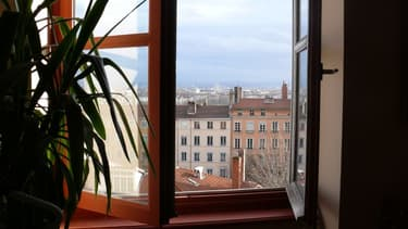 Une fenêtre ouverte. (photo d'illustration)