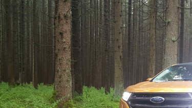Ford veut jouer dans la cour des Allemands en faisant du Edge un SUV premium.