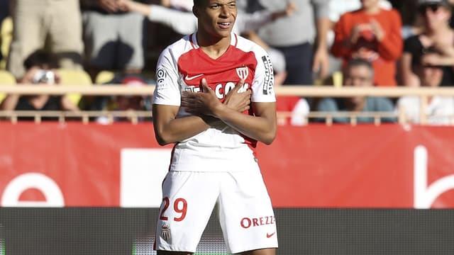 Kylian Mbappé n'aurait pas eu de temps de jeu au PSG selon Olivier Létang.
