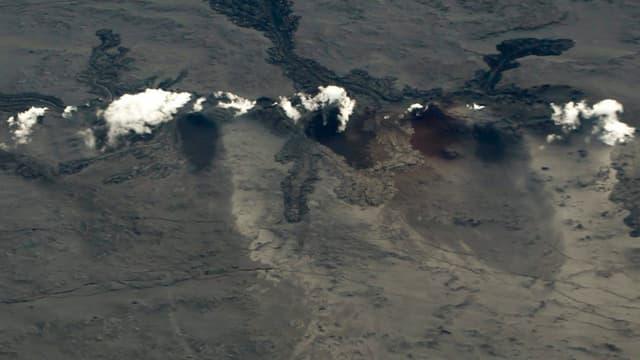 """Le volcan Bardarbunga est de nouveau entré en éruption, ce dimanche. L'Islande relève à """"rouge"""" son niveau d'alerte."""