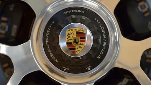 Porsche est la marque qui contribue le plus au dispositif en termes de malus moyen par véhicule.