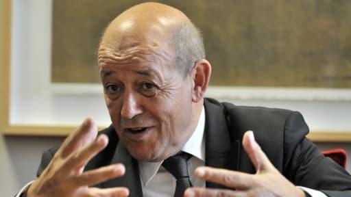 Jean-Yves Le Drian veut aider les PME travaillant dans le secteur de la Défense