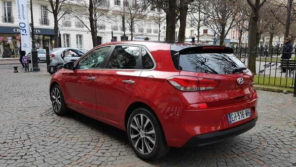 Dynamique et sobre, les deux mots-clé du design de Peter Schreyer, le designer en chef de Hyundai sur cette i30.