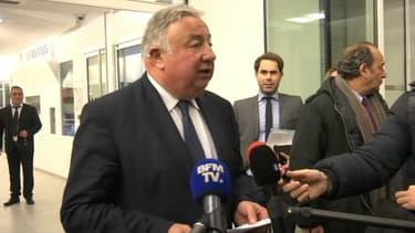 """Gérard Larcher appelle à la """"solidarité"""" du parti pour Fillon."""