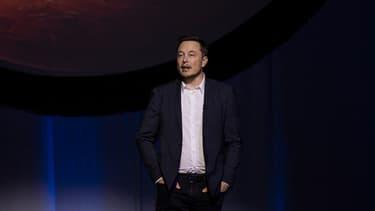 Elon Musk, fondateur de Tesla et de SpaceX, est un milliardaire surdoué qui fait le buzz par des déclarations étonnantes.