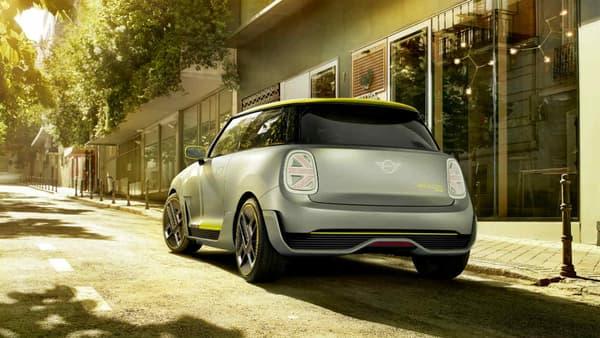 La version de série de la Mini Electric Concept  sera dévoilée en 2019. Elle sera fabriquée en Grande-Bretagne, comme la Mini classique.