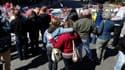 A Boston, mémorial en hommage aux victimes du double attentat commis le 15 avril. Le FBI n'était toujours pas en mesure d'interroger dimanche le jeune suspect d'origine tchétchène encore en vie, Djokhar Tsarnaev, incapable de parler en raison de blessures