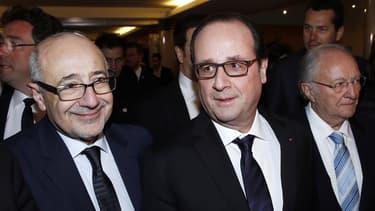 François Hollande a fait plusieurs déclarations, lundi soir, en marge du 30e dîner du Crif, à Paris.