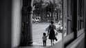 Hollande annonce des mesures pour les familles monoparentales - Mardi 8 mars 2016