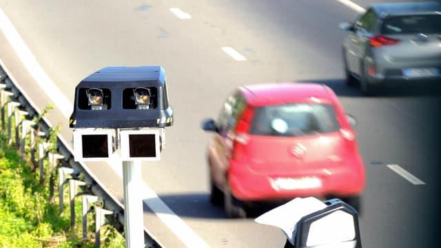 Saisie immédiate du véhicule après un grand excès de vitesse, création d'un fichier des voitures assurées, verbalisation automatique étendue, l'Etat muscle son arsenal de lutte contre les infractions routières.