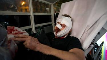 Le photographe syrien indépendant Ameer al Halbi, 24 ans couvrait la manifestation place de la Bastille samedi 28 novembre 2020