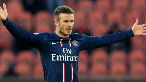 David Beckham souhaiterait prolonger son aventure au PSG, mais la fiscalité française pourrait le freiner.