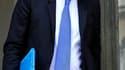 Au lendemain d'une mobilisation contre la réforme des retraites jugée faible par le gouvernement, le ministre du Travail, Eric Woerth, a confirmé son souhait de relever l'âge légal de 60 à 61, 62 ou 63 ans. /Photo prise le 26 mai 2010/REUTERS/Philippe Woj