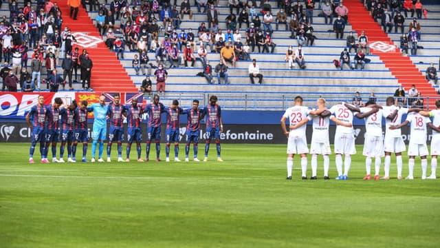 Une minute de silence sera observée ce week-end sur les terrains de Ligue 1 et Ligue 2