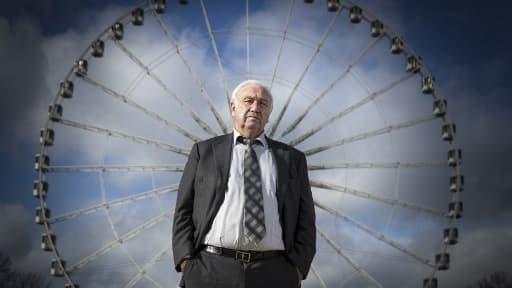 Marcel Campion devant la grande roue parisienne - Image d'illustration
