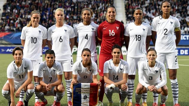 Le groupe de l'équipe de France féminine