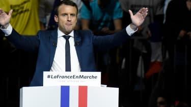 Emmanuel Macron devrait présenter l'ensemble de son programme à la fin du mois de février.