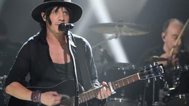 NIcolas Sirkis, chanteur du groupe de rock Indochine, en concert le 14 février 2014 au Zénith.