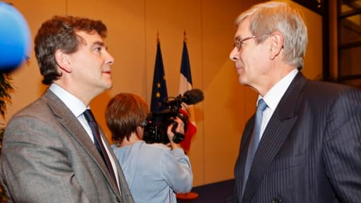 Arnaud Montebourg, ici en compagnie de Philippe Varin, le PDG de PSA, vient d'annoncer que la fermeture du site d'Aulnay était inévitable, mardi 5 février.